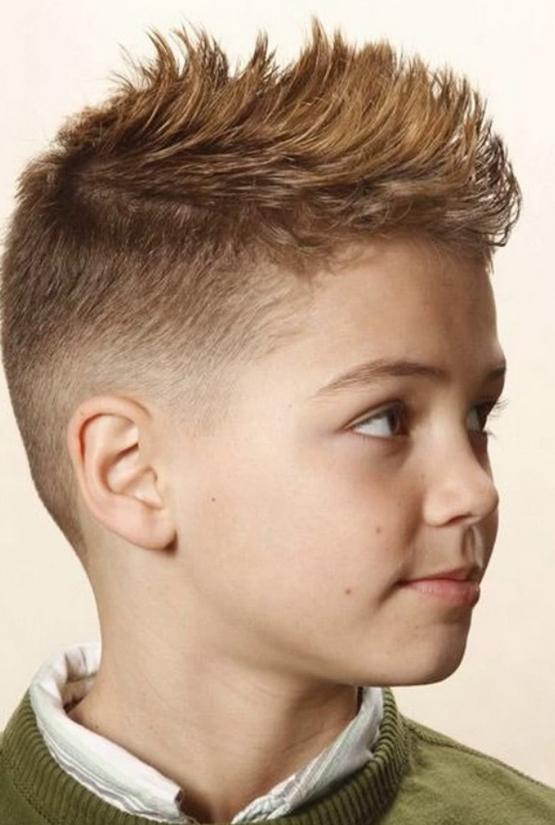Короткая стрижка мальчику, детская прическа 2020