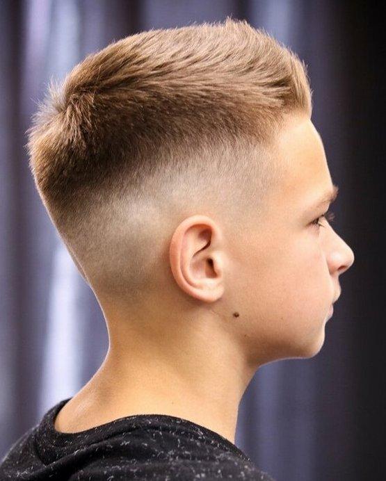 Короткий полубокс мальчику 10 лет 2020