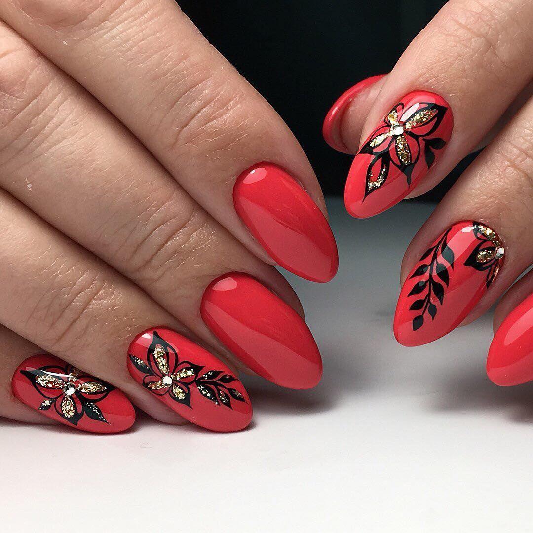 Модный рисунок на ногтях фото