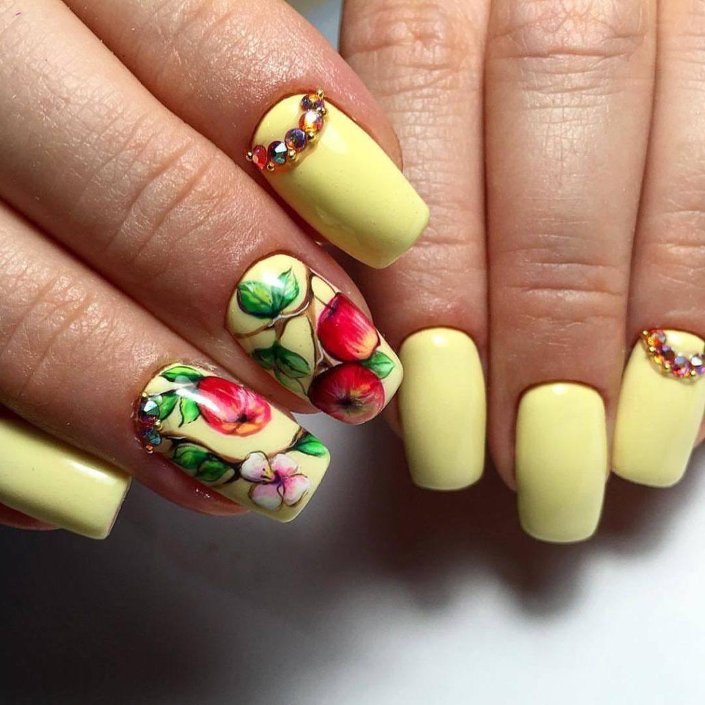 цветы красивые ногти на лето фото большими белыми