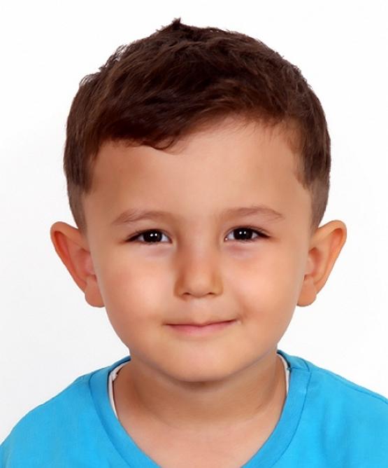 Стрижка для мальчика 3 года 2021, фото простых и модельных причесок
