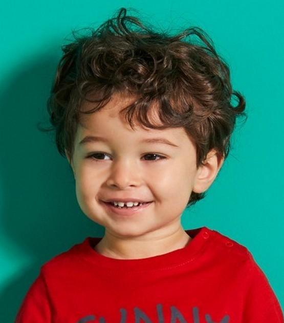 Стрижка для мальчика 3 года 2021, красивые детские прически, легкие на тонкие волосы