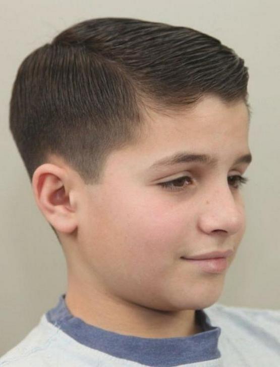 Стрижка для мальчика 9 лет 2020 модные детские прически ...